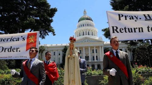More and more young Americans are standing up against the evils of socialism. This video features a TFP Student Action campaign against socialism in California and additional states, emphasizing the importance of prayer as a means to restore true freedom and return to order.  From the ideological or philosophical standpoint, there is no substantial difference between communism and socialism. The founders of modern communism, Karl Marx and Frederick Engels, called themselves socialists.  The Soviet Union called itself the Union of Soviet Socialist Republics. Communist China, Cuba and Vietnam likewise define themselves as socialist regimes. Socialism can be applied in varying degrees. Thus, in practice, there can be a difference between an incomplete application of socialism and full-blown communism, which is socialism taken to its ultimate consequences.  Not only does Socialism not work, but communism-socialism is a wicked, anti-Christian revolution that left a death toll of at least 100 million victims.  #debate #socialism     Site:  https://www.tfpstudentaction.org/ Instagram: https://www.instagram.com/tfpstudentaction/ Facebook: https://www.facebook.com/TFPStudentAction Twitter: https://twitter.com/tfpsa